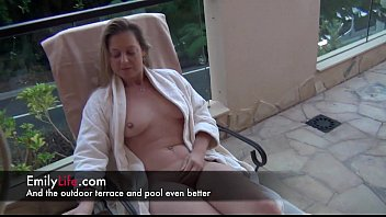 A Day At The Hotel With A Real Amateur Housewife And Milf