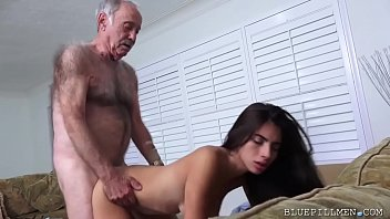 Frankie Fuck A Latina Young Petite In The Vagina Tight