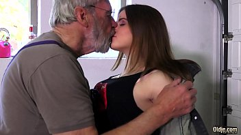 Grandpa With Big Dick Fucks A Young Pussy Tight