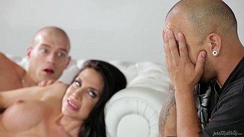 Videos Porno, Oral, Anal Chica Follando Junto A Él, Como Un Amante