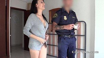 Der Cop Am Morgen Ist Verdammt Stark Mit Seinem Chef Für Promotion