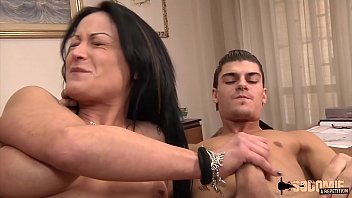 The Orgasms And Moans Of Pain When She Does A Double Penetration