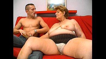 ダブルの浸透と大人の女性の良いハードコックさんを受けることができなディックに彼女の滑り