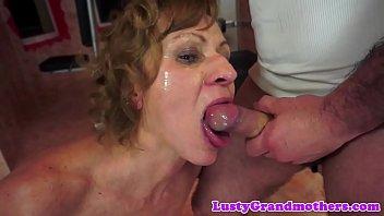 成熟的女人是实现完全的时候,他是他妈的你的屁股