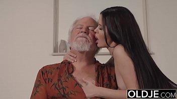 性别与一个炎热的好视频如何吸的家伙圣诞老人