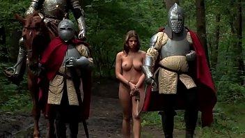 具有性别的斯巴达人,有什么浪费的一个年轻的女孩是谁他妈的在树林里xxx,总