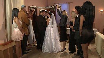 黑色情的新娘干了之后婚礼,变态的