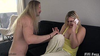 雑誌-Xxxと女の子のフルエンザ:ルーマニアから聞によると、長い髪はxx