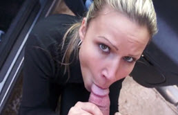 Blonde Whore Fucked In A Car