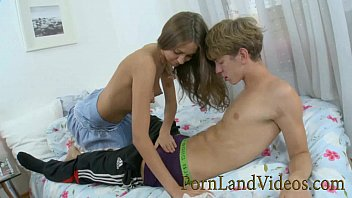 Young Couple Russian Amateur Sex Unprotected Total With The Finish On The Body
