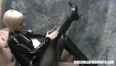 Busty Blonde In Latex Corset Nylons Sexy Leather Boots Fingering Wet Pussy