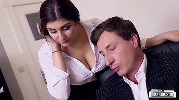 El Secretario De La Chica Alemana Que La Folla El Culo En La Oficina