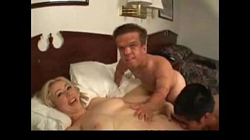 Porno With A Sexy Blonde Gets Fucked By Two Midgets Porn Xxl