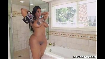 Maturele Screw Out Of The Grab, Xxx Ebony Curoase Gets Fucked In The Shower