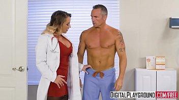Esta Doctora Sexy Quiere Follar Suavemente Con El Paciente