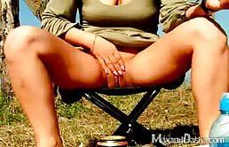 Sex Auf Ein Picknick Mit Einem Geilen Verzweifelt Nach Hahn