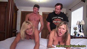 Porno Mature Hommes Avec Des Bites Qui Baisent Votre Mère, Et La Fille De L'