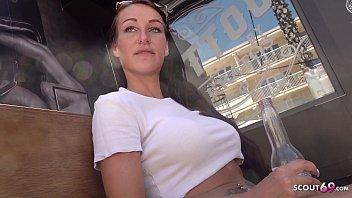 جنسی پر 1400 کے ساتھ ایک سنہرے کا Hottie