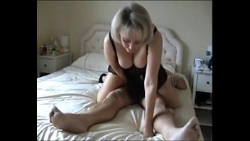 A Husband-She Films It On Hidden Your Wife In Your Old Age, When She Gives Up The Ass