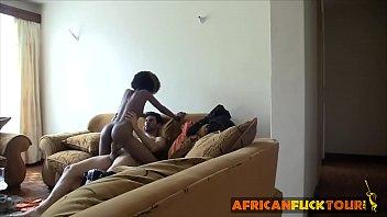 سخيف صديقتي الأفريقية على الكاميرا الخفية