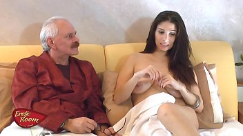 Young Elderly Xxx Fucked By A Retiree Taking Viagra