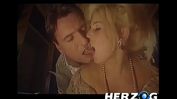 Porn From The Old Days With A King, They Stick The Dick In The Pussy Of The Slave Girl Having Sex In Germany