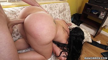 Fucking A Mature Fat Chick Live In My Butt Hole