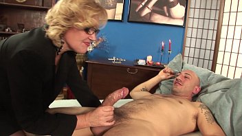 The Elderly Woman Blond With Hair On Her Pussy And Fucked By A Bald Guy