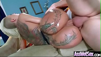 Having Sex With The Old Guy Who Fucks His Niece Why He Has A Big Ass