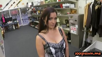 Huge Butt Woman Nailed By Horny Pawn Man