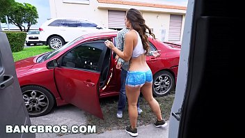 Whore Painted On The Cheeks And Tate Invite The Man In The Car For A Fuck