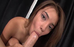 Sexy Teen Gives A Hot Blowjob In Pov