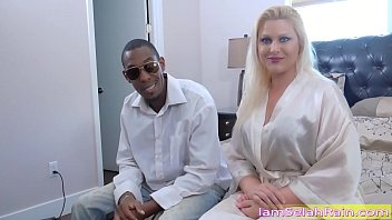 Gangbang In 2019 With A Mature Nympho Chick Fuck By Black