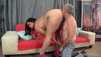 Real Porn Big Fatty Ass Big Fuck You To A Mojneag A Pervert