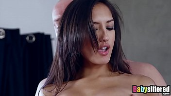 Fuck-Anal-With-New-Boyfriend Who She Gives The Little Girl