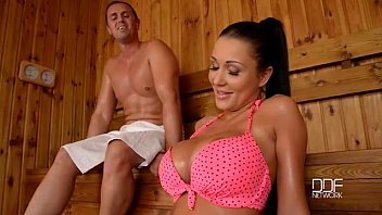Sex With A Hot Brunette Nailed In Her Wet Pussy In The Sauna Xnxx