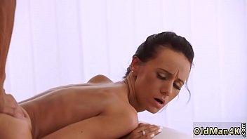 Les Femmes Doux Avec Les Lindicu Un Gros Putain De Hardcor