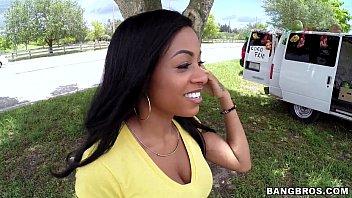 Blowjob, Papa Und Tochter Black Girl Gezwungen Zu Streifen Fotze Nackt