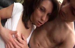 Adolescente Hombre Follando A Una Puta Por El Culo