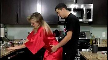 Sexo Con La Madre Caliente Follando Su Hijo