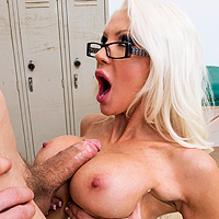 Fucking Hard In The Locker Room With A Blonde Sexy