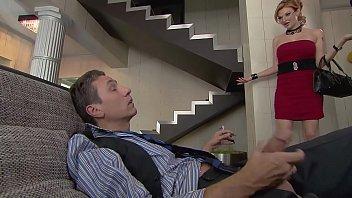 Der Chef Mit Einer Erektion Fickt Seine Hündin Sekretärin Im Büro