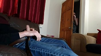 Caught In The Empty Dick When Rubbing And Fucked By Horny Sister