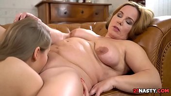 Messy Blondies - Tiffany Tatum, Mimi Jean
