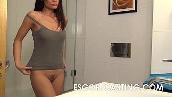 Pussy Virgin Gets Her Dick Long In The Visit, She Has Hair On Her Pussy