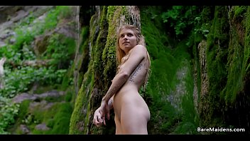 Video Beautiful Blonde Nude On The Mountain