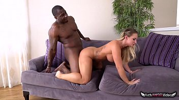 A Black Guy Fucking A Blonde Chick From The City Of Oradea, Xxl