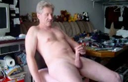 Old Buff Dude Masturbating For Webcam