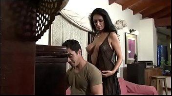 Video Porno Di Cazzo In Figa Bruna Naturale Grande