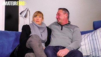 O Ehemann, Der Seine Freundin Beim Saugen Vor Dem Ficken Filmt